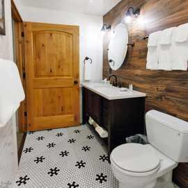 Superior Room - bathroom (1)