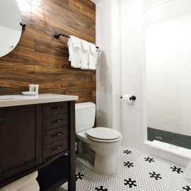Superior Room - Bathroom (2)