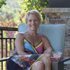 Tracey Thompson, Owner and President of Vine Lore