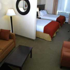 Double Queen room with pull out sofa