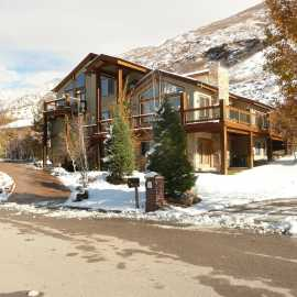 Home Comfort Zone Vacation Rental