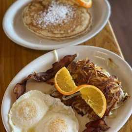 Silver Fork Lodge & Restaurant_0