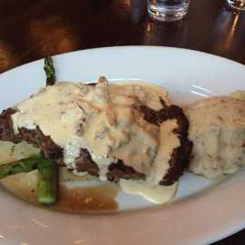Carvers Steaks & Seafood_2