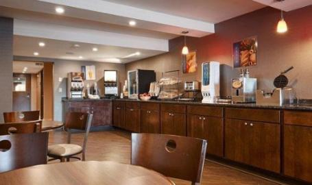 Best Western University Inn at Valparaiso breakfast