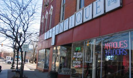 City of Crown Point Shopping Antiques