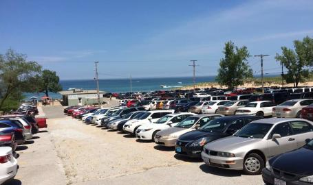 Wells-street-beach-parking-lot