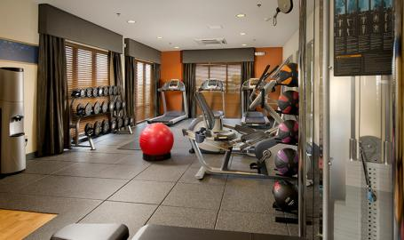 Hampton Inn Schererville Hotel fitness room