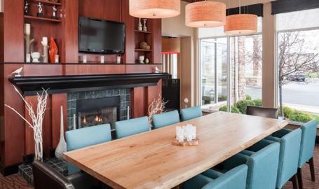 Hilton Garden Inn Merrillville Hotel lobby seating
