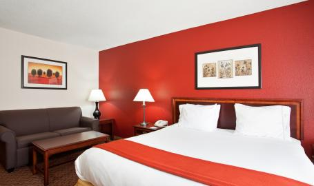 Holiday Inn Express Hotel Merrillville King