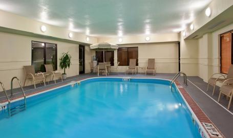 Holiday Inn Express Hotel Merrillville Pool