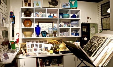 LCA Gallery Shop