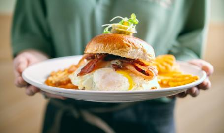 Avgo Bacon & Egg Sandwich