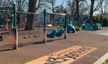 LaPark Playground swings