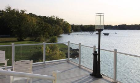 Lighthouse Restaurant Dining Banquet Cedar Lake Balcony