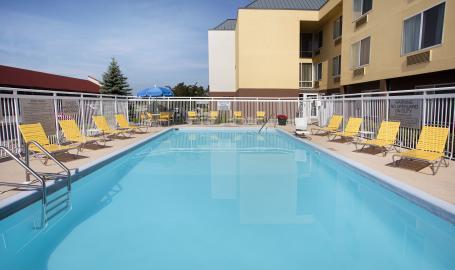 Fairfield Merrillville Outdoor Pool