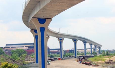 Cline Avenue Bridge Pier Staining