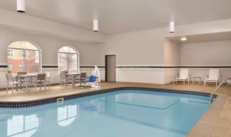 Country-Inn-Merrillville-Pool
