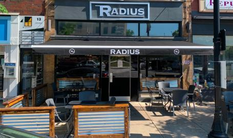 Radius Restaurant Valparaiso patio