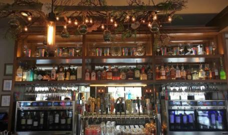 Lincoln Flats Bar