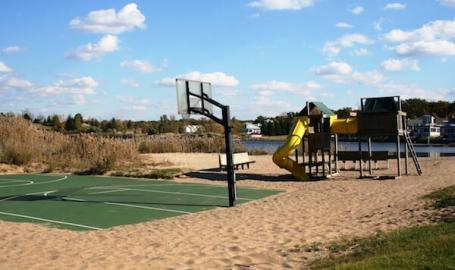 Resort Amenity-Basketball Court