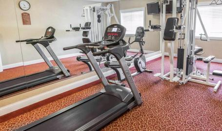 Comfort Inn Hotel Hebron fitness room