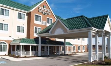 Country Inn and Suites Merrilllville Hotel exterior