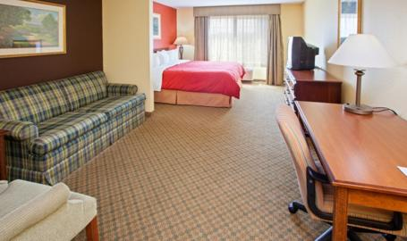 Country Inn and Suites Hotel Michigan City studio suite