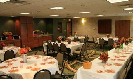Hampton Inn & Suites Hotel Munster Meeting Space