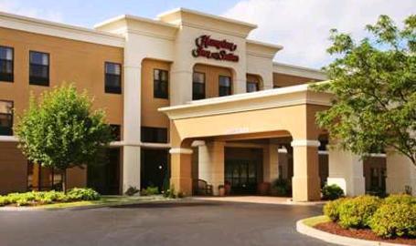 Hampton Inn & Suites Hotel Valparaiso Exterior