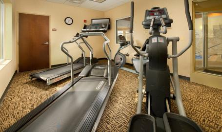 Holiday Inn Express Schererville Hotel fitness room