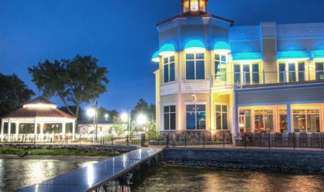 Lighthouse Restaurant Dining Banquet Cedar Lake Exterior