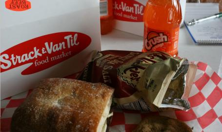 Strack and Van Til Shopping Highland Boxed Lunch
