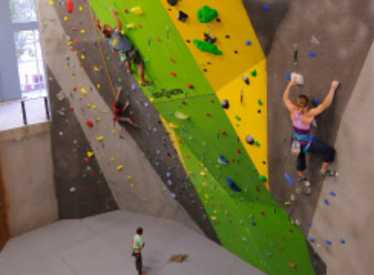 Inside climbing