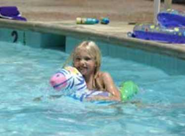 Swimming at Lookout Mountain KOA/Chattanooga West