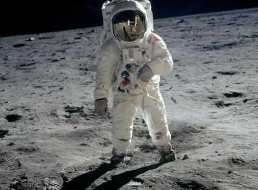 Apollo 11_iMAX_B