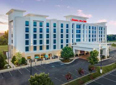 Hampton Inn & Suites Hamilton Place