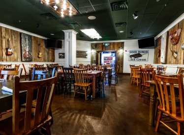 Puckett's Private Dining Space