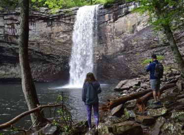 Foster Falls Hike