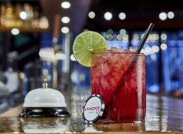 Bar Moxy