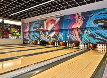 Pinstrikes Bowling Lanes