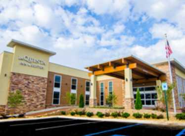 LaQuinta Inn & Suites/East Ridge