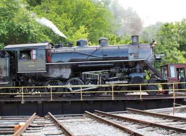 Southern 630 Steam Engine on Turntable