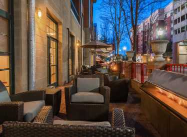 Residence Inn Downtown Outdoor Area