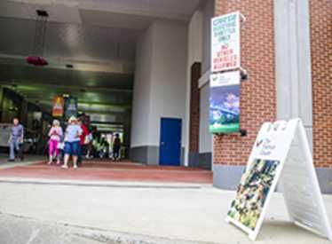 Chattanooga Visitor Center in Shuttle Park North Breezeway