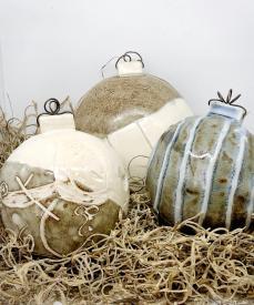 Vie Chevre Ornaments