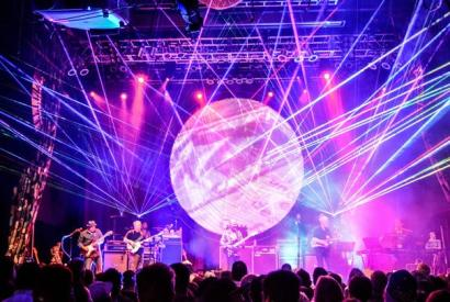 BRICKS IN THE WALL (PINK FLOYD TRIBUTE) @ Tower Theatre