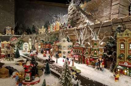 Thanksgiving-Christmas Open House