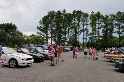 July 4th Red White & Cruise In Car Show