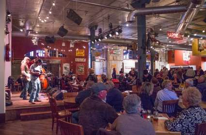 Live at Puckett's! Yonder Grove