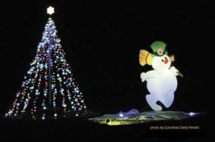 Holiday Lights in Woodland Park & Fairview Park